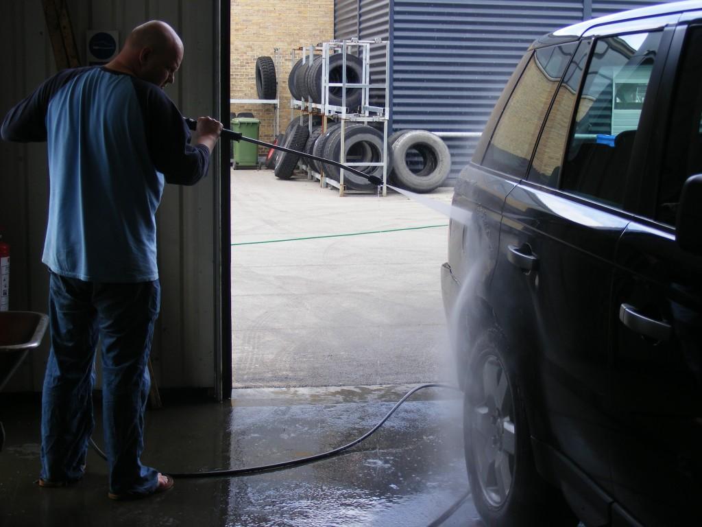 Bilvask – Hvordan gør man uden at ridse