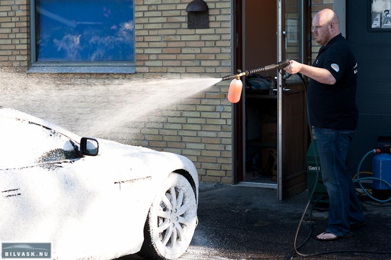 Aston Martin affedtes inden polering
