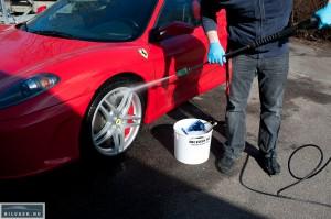 Polering Ferrari F430 – Karma Car Care