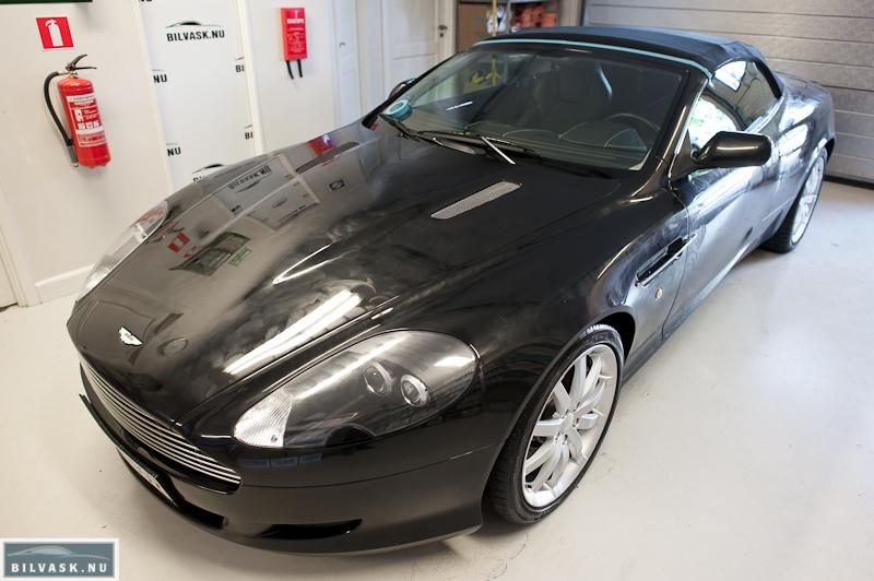 Aston Martin med voks på