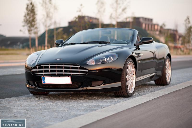 Aston Martin skråt forfra efter Karma Car Care polering