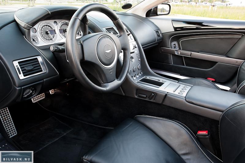 Aston Martin DB9 interiør